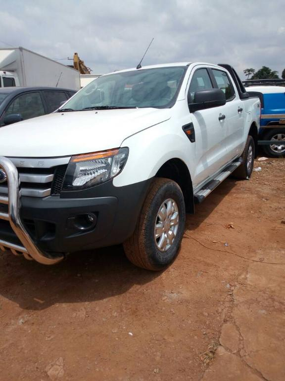 ford ranger mod 2017 yaounde ford yaound. Black Bedroom Furniture Sets. Home Design Ideas